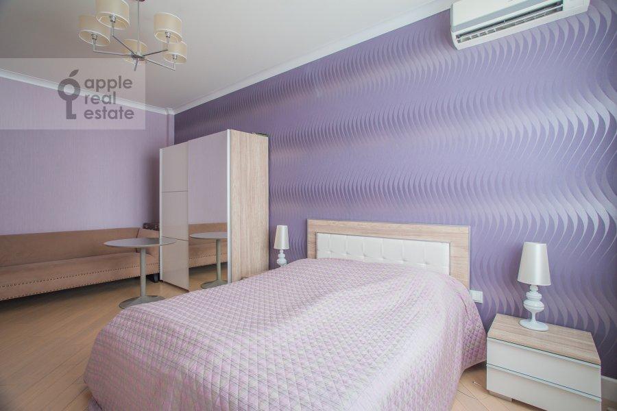Bedroom of the 2-room apartment at Smolenskiy bul'var 1/2