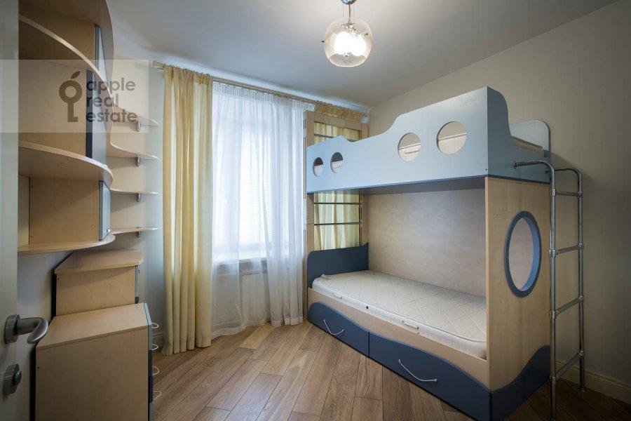 Гостиная в 5-комнатной квартире по адресу Красина 24/28