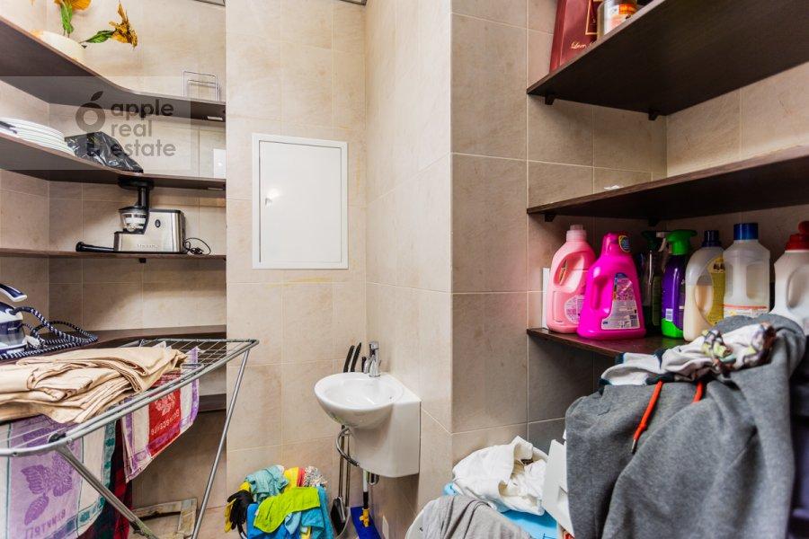 Walk-in closet / Laundry room / Storage room of the 2-room apartment at Bol'shaya Yakimanka 22K3