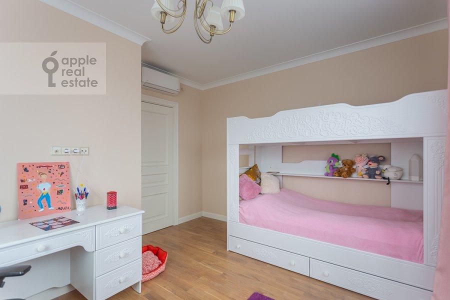 Children's room / Cabinet of the 3-room apartment at Khoroshevskoe shosse 12k1