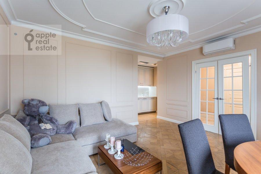 Living room of the 3-room apartment at Khoroshevskoe shosse 12k1