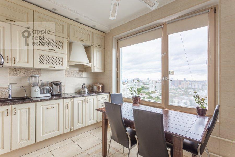 Kitchen of the 2-room apartment at Narodnogo Opolcheniya ul. 11