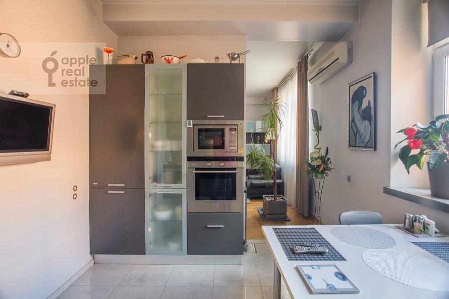 Kitchen of the 3-room apartment at Sukharevskiy Bol'shoy per. 11