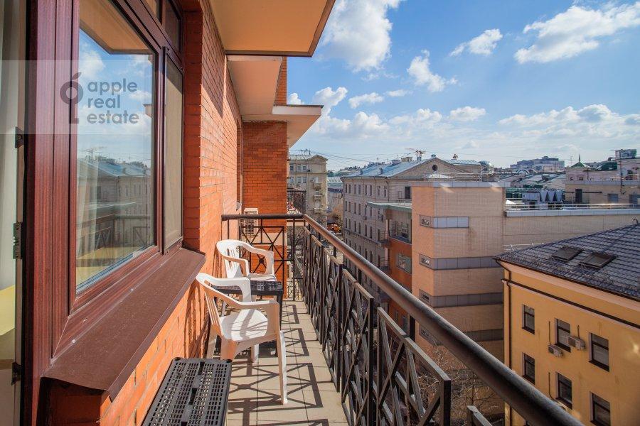 Balcony / Terrace / Loggia of the 3-room apartment at Sukharevskiy Bol'shoy per. 11