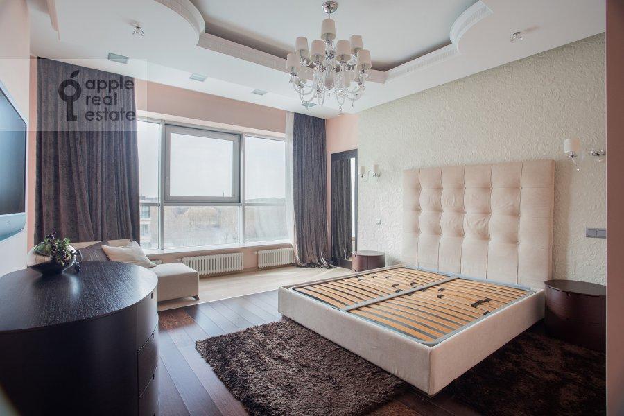 Спальня в 2-комнатной квартире по адресу Улофа Пальме ул. 7