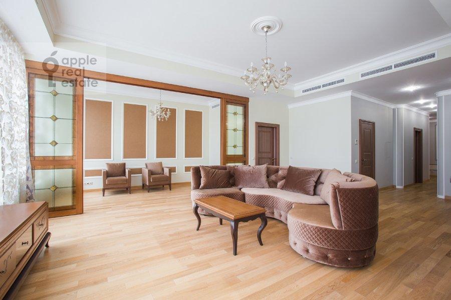 Гостиная в 5-комнатной квартире по адресу Еропкинский пер. 16