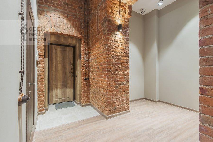 Corridor of the 2-room apartment at B. Kozikhinskiy per. 17s1