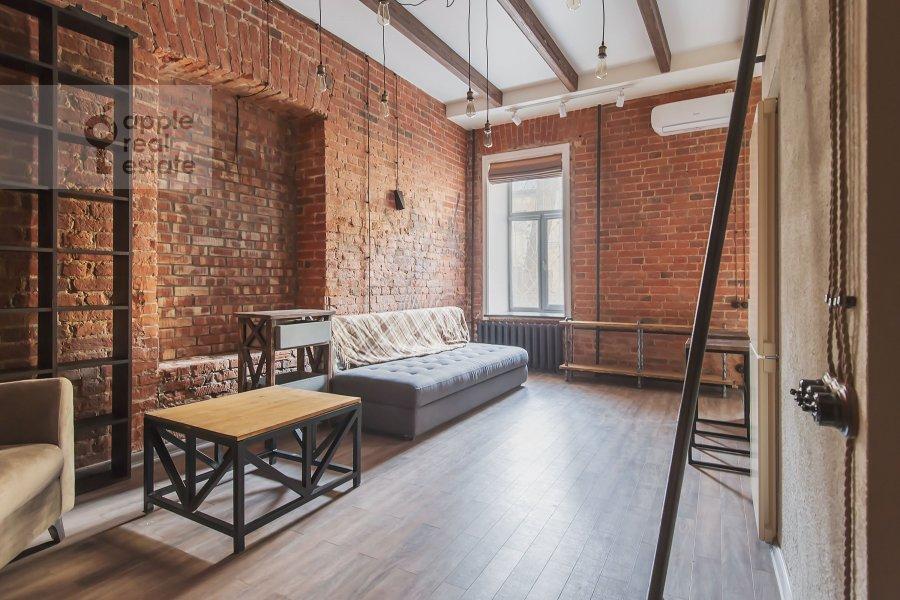 Living room of the 2-room apartment at B. Kozikhinskiy per. 17s1