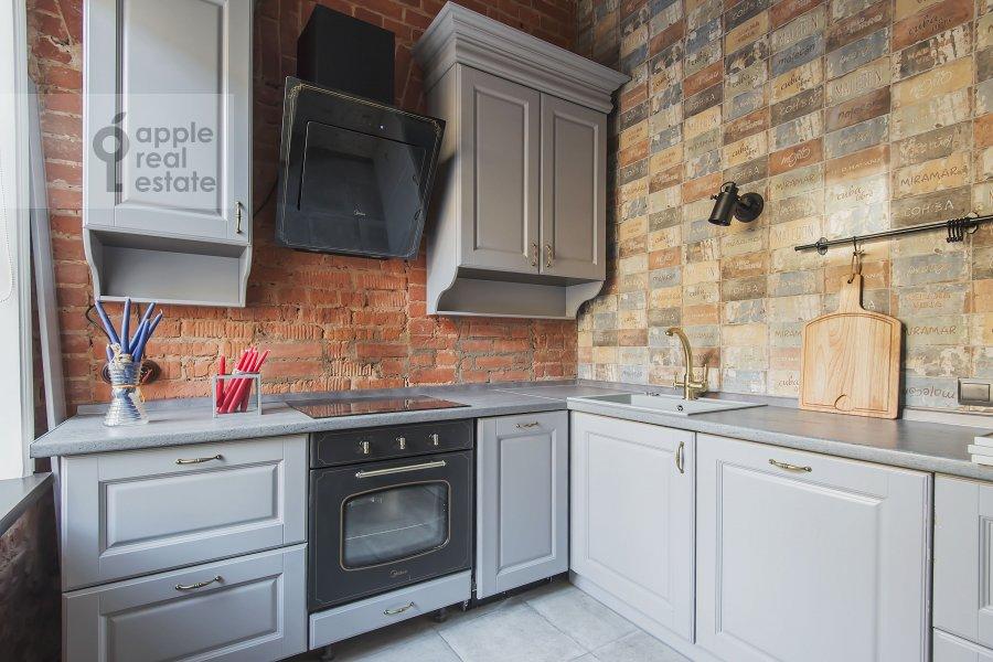 Кухня в 2-комнатной квартире по адресу Б. Козихинский пер. 17с1