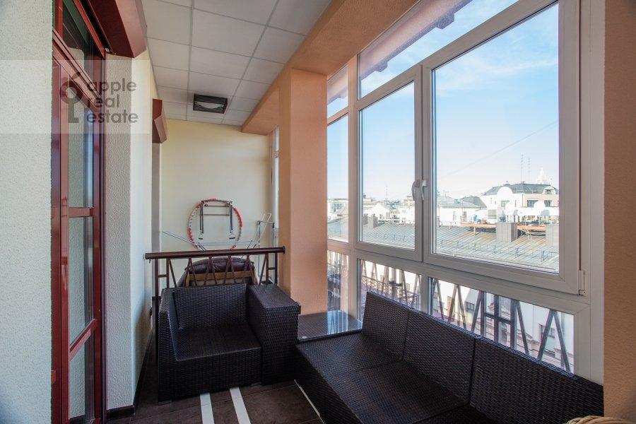 Balcony / Terrace / Loggia of the 5-room apartment at Bol'shoy Kozikhinskiy pereulok 14s2