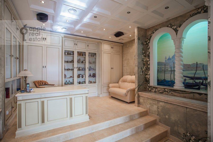 Children's room / Cabinet of the 5-room apartment at Bol'shoy Kozikhinskiy pereulok 14s2