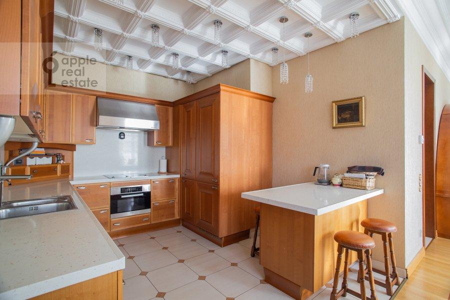 Kitchen of the 5-room apartment at Bol'shoy Kozikhinskiy pereulok 14s2