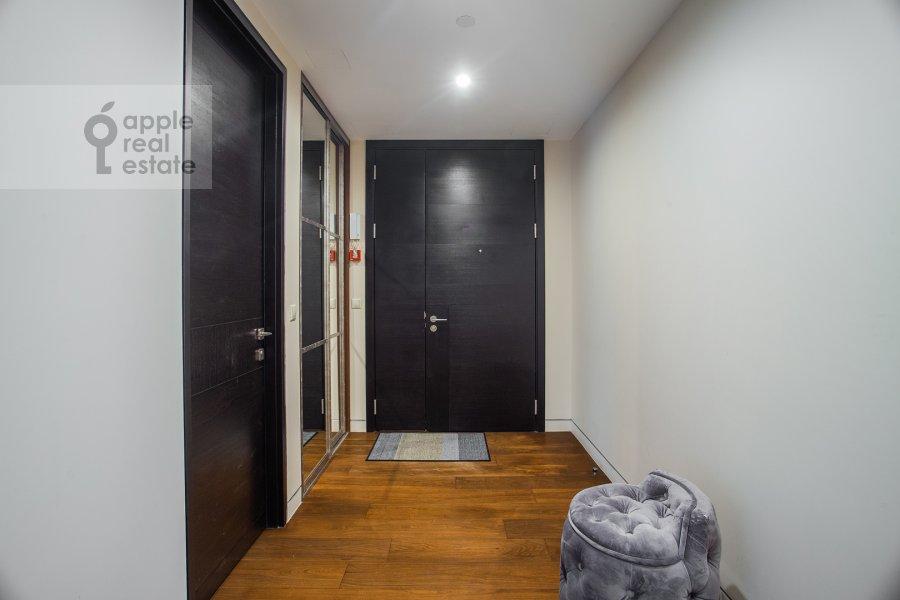 Corridor of the 3-room apartment at 1-y Krasnogvardeyskiy proezd 21s1