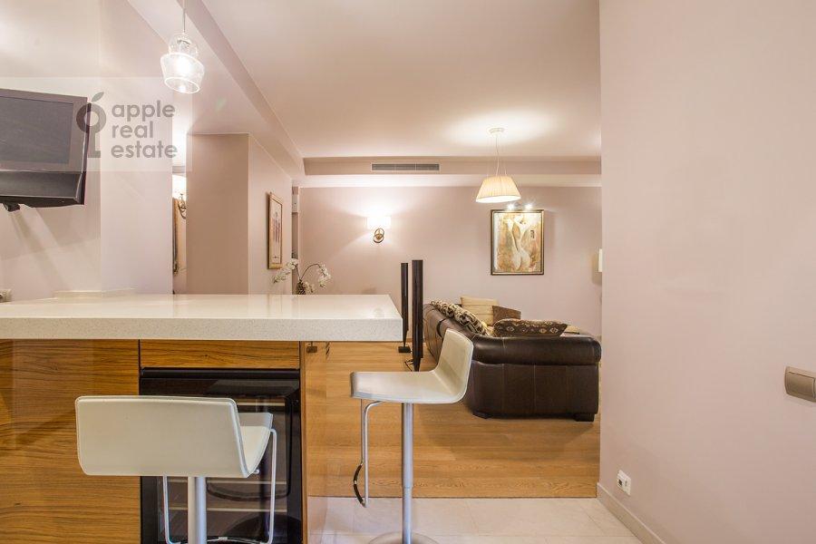 4-room apartment at Kompozitorskaya ul. 17