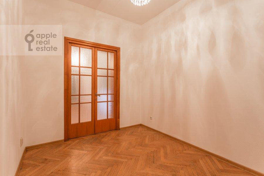 Corridor of the 3-room apartment at Granatnyy per. 10s1