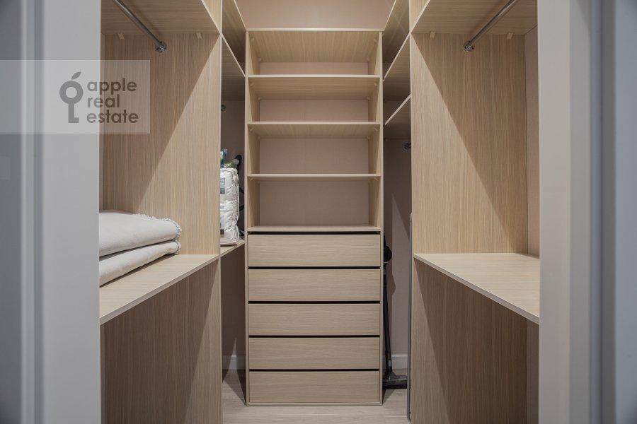 Walk-in closet / Laundry room / Storage room of the 3-room apartment at Shelepikhinskaya naberezhnaya 34k2