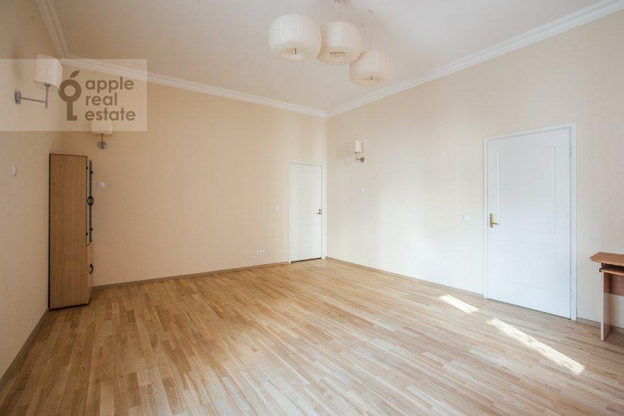 5-комнатная квартира по адресу Новокузнецкая ул. 33с1