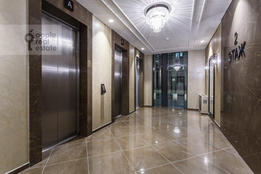 Подъезд 1-комнатной квартиры по адресу Воробьевское шоссе 4А