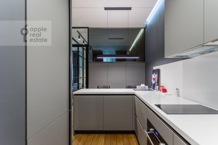 Кухня в 1-комнатной квартире по адресу Воробьевское шоссе 4А