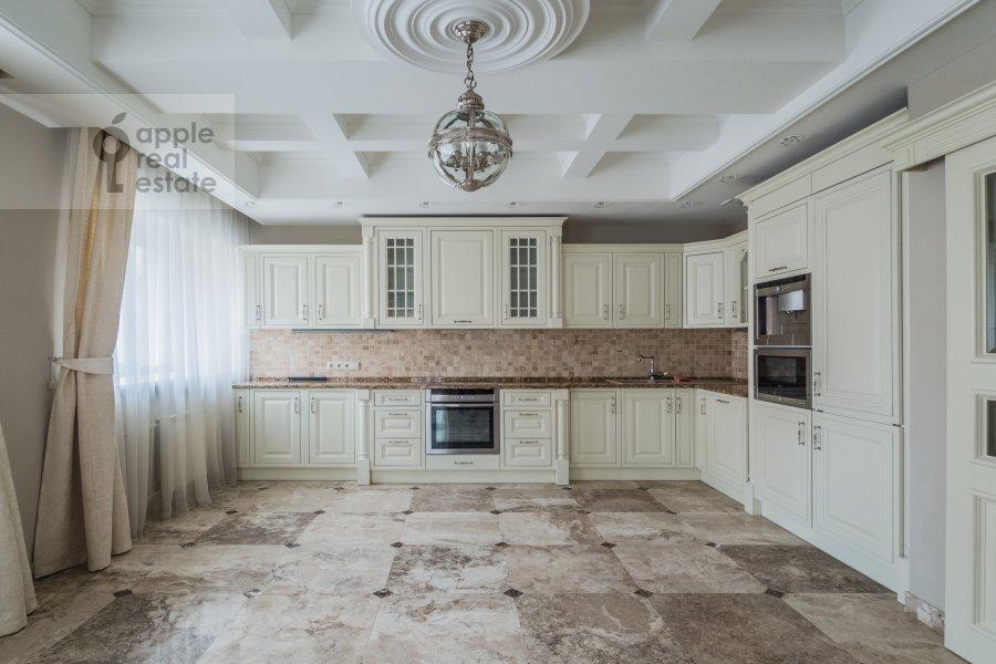 Кухня в 4-комнатной квартире по адресу Тверская-Ямская 1-я ул. 9