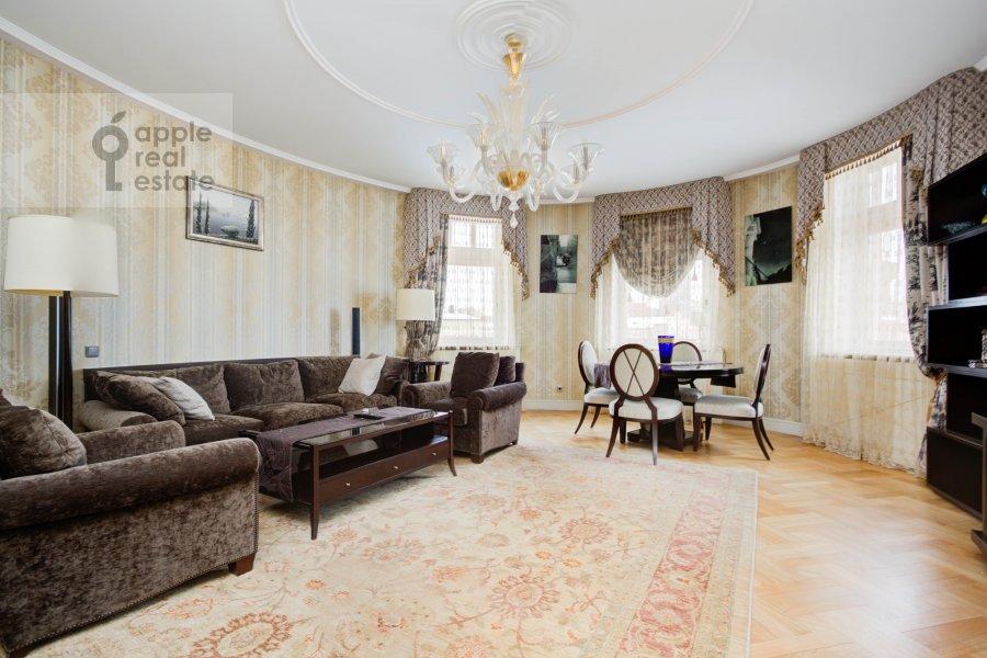 Гостиная в 3-комнатной квартире по адресу Погорельский переулок, 6 6