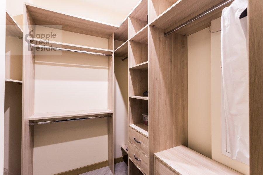 Walk-in closet / Laundry room / Storage room of the 4-room apartment at Malaya Polyanka 2