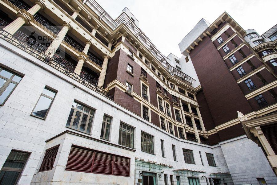 Photo of the house of the 4-room apartment at Malaya Polyanka 2