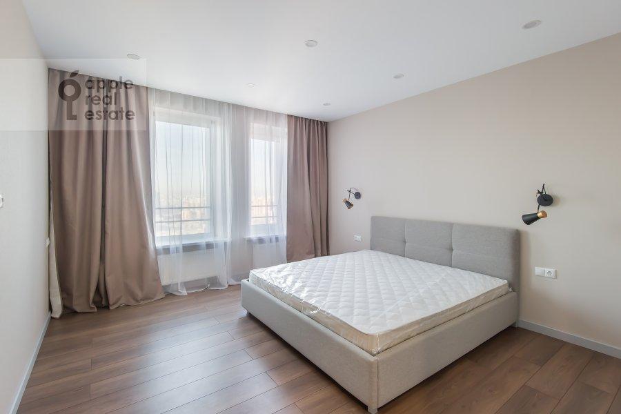 Bedroom of the 3-room apartment at Leninskiy prospekt 95B