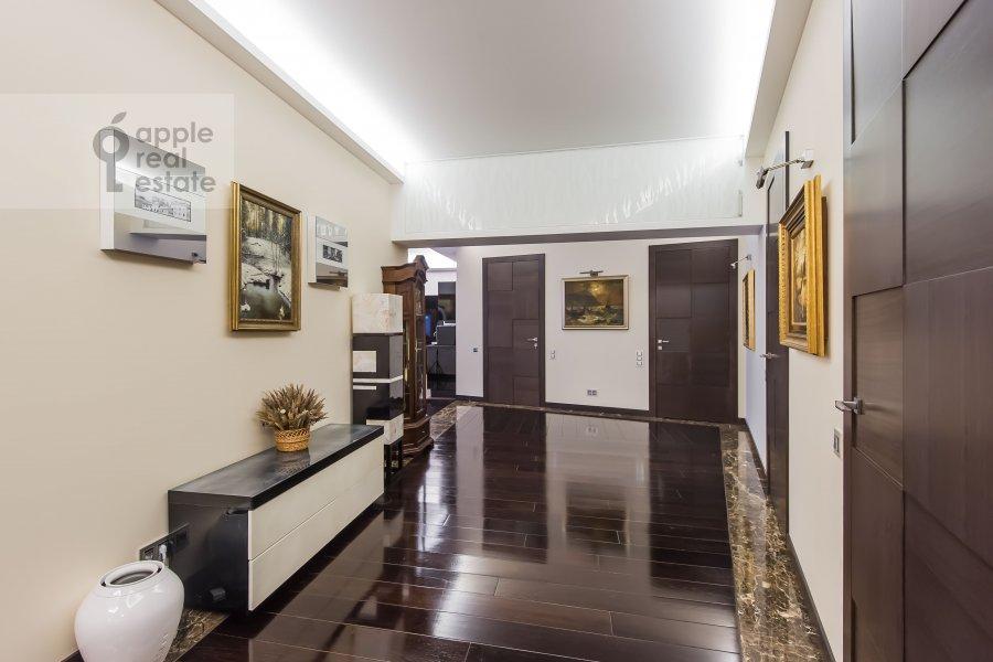 Коридор в 4-комнатной квартире по адресу Ленинградское шоссе 37к1