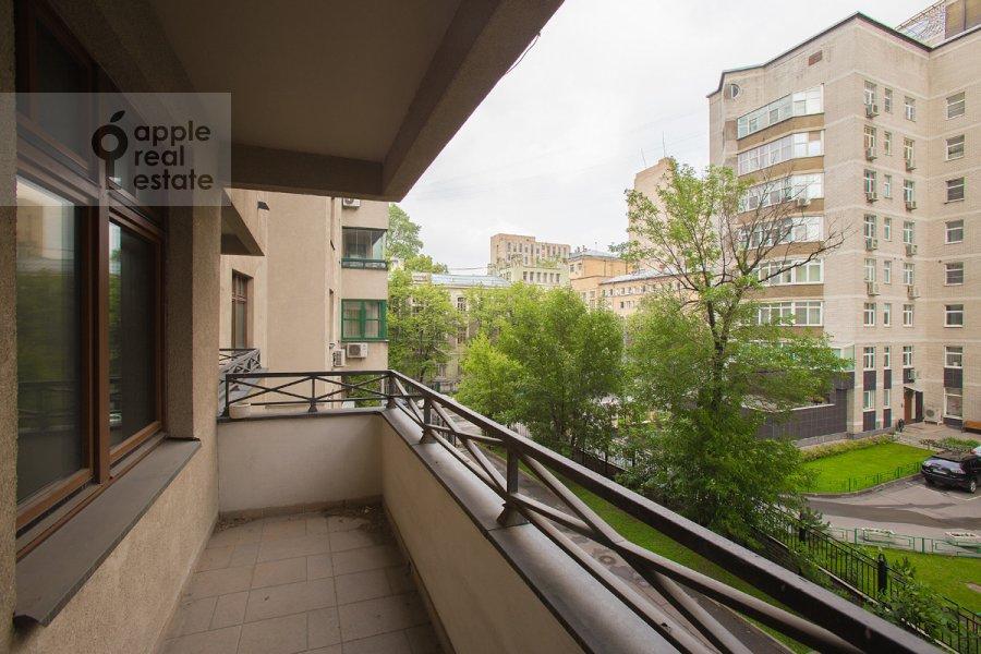 Балкон / Терраса / Лоджия в 4-комнатной квартире по адресу Лесная ул. 6к1