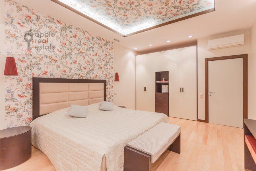 Спальня в 3-комнатной квартире по адресу Мичуринский проспект 6к2