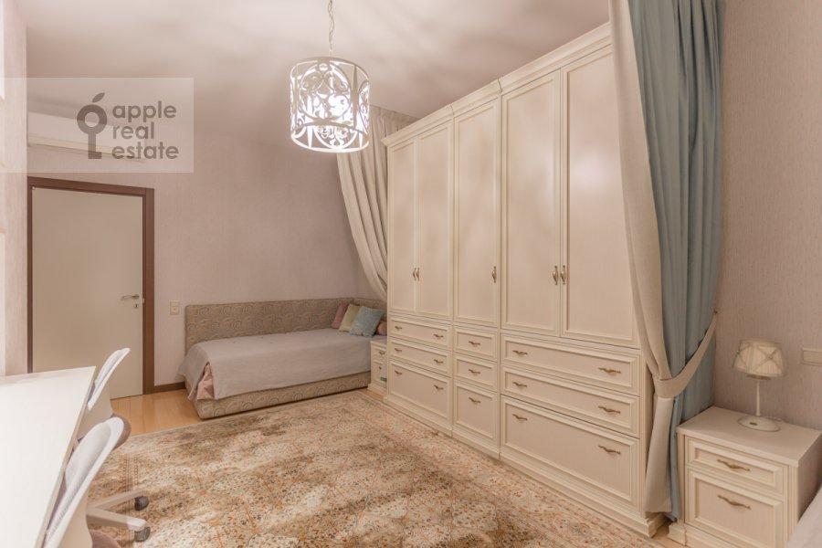 Детская комната / Кабинет в 3-комнатной квартире по адресу Мичуринский проспект 6к2