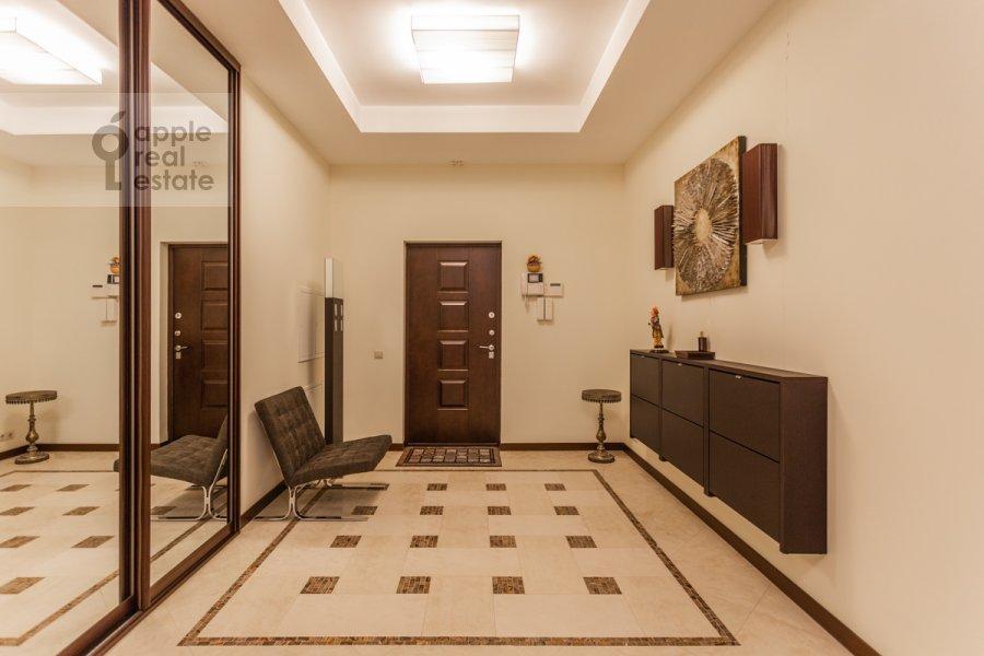 Коридор в 3-комнатной квартире по адресу Мичуринский проспект 6к2