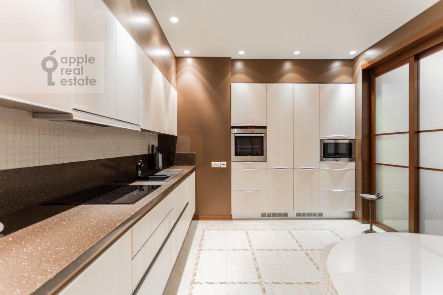 Кухня в 3-комнатной квартире по адресу Мичуринский проспект 6к2