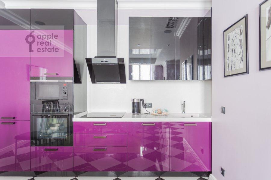 Кухня в 3-комнатной квартире по адресу Мосфильмовская улица 8