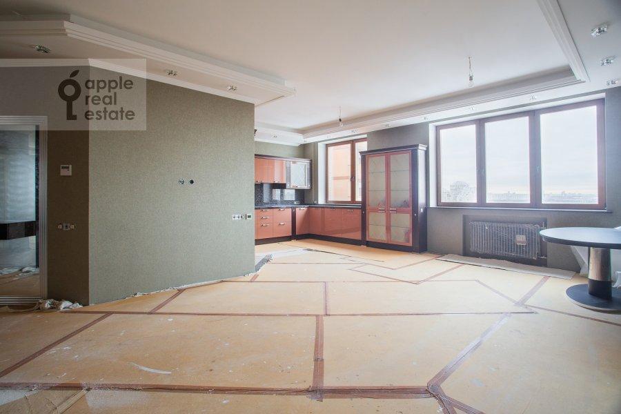 Kitchen of the 5-room apartment at Universitetskiy prospekt 16