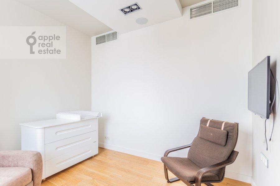 Спальня в 4-комнатной квартире по адресу Ярцевская улица 32