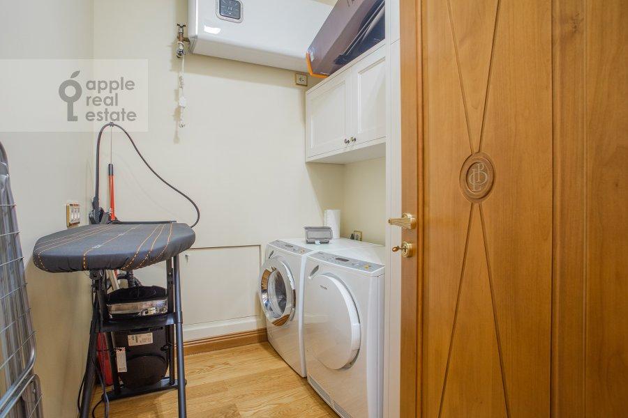 Walk-in closet / Laundry room / Storage room of the 2-room apartment at Malyy Kakovinskiy pereulok 6S1