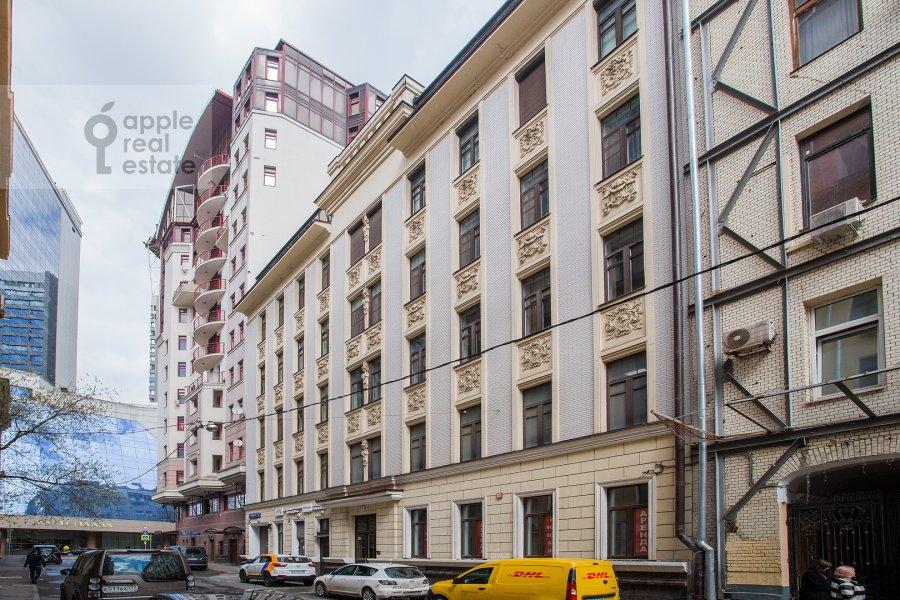 Photo of the house of the 2-room apartment at Malyy Kakovinskiy pereulok 6S1
