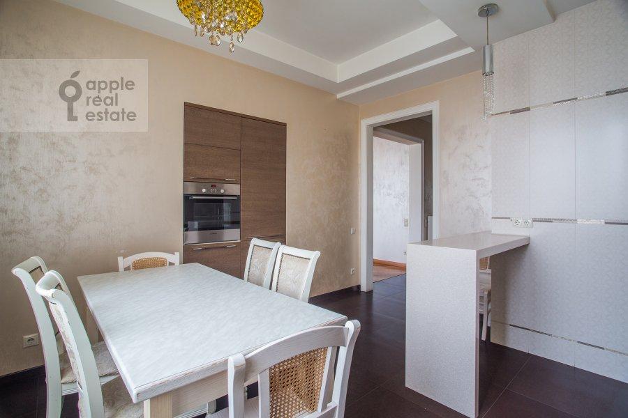 Кухня в 3-комнатной квартире по адресу Мичуринский проспект 16