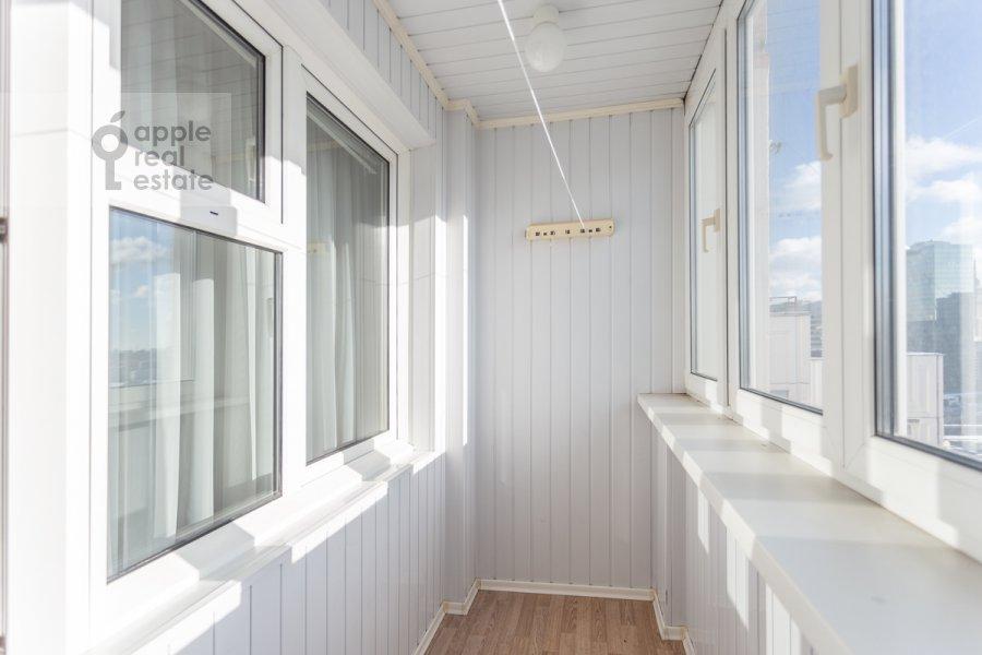 Балкон / Терраса / Лоджия в 4-комнатной квартире по адресу Сергея Макеева ул. 1