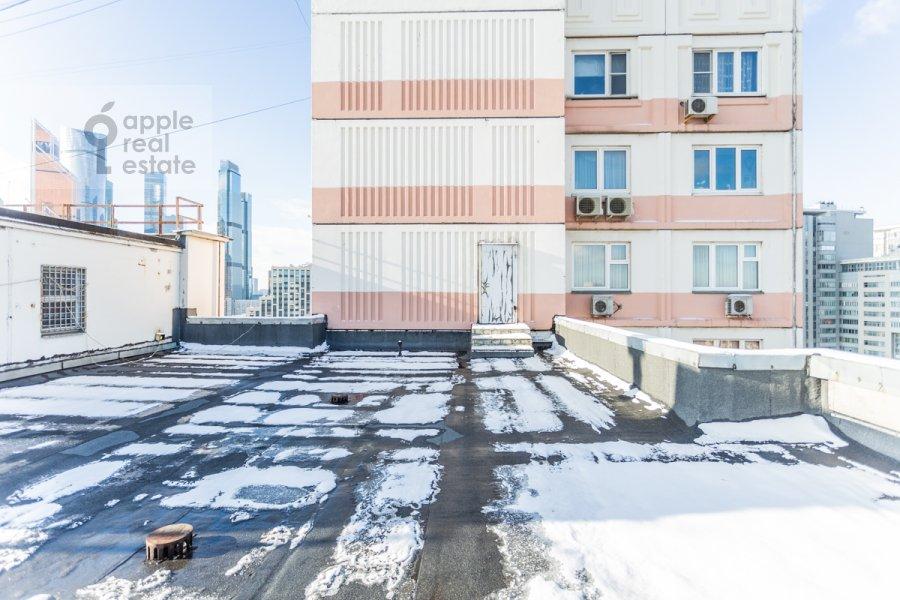 Balcony / Terrace / Loggia of the 4-room apartment at Sergeya Makeeva ul. 1