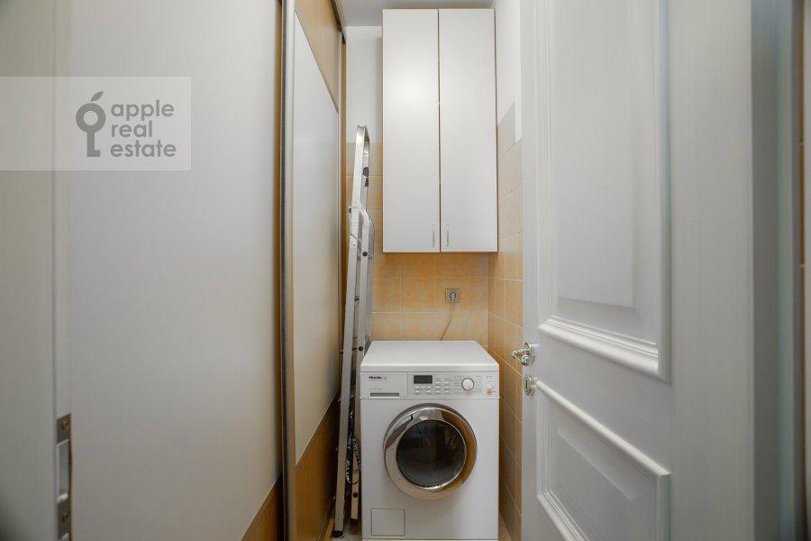 Walk-in closet / Laundry room / Storage room of the 3-room apartment at Zvenigorodskaya ulitsa 8k1
