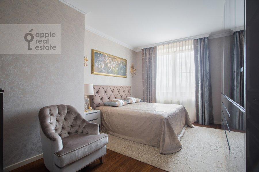 Bedroom of the 3-room apartment at Zvenigorodskaya ulitsa 8k1