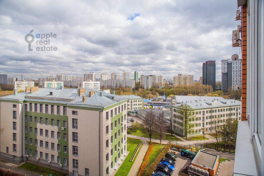View from the window of the 3-room apartment at Zvenigorodskaya ulitsa 8k1