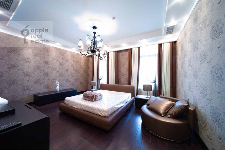 Спальня в 5-комнатной квартире по адресу Скатертный переулок 18