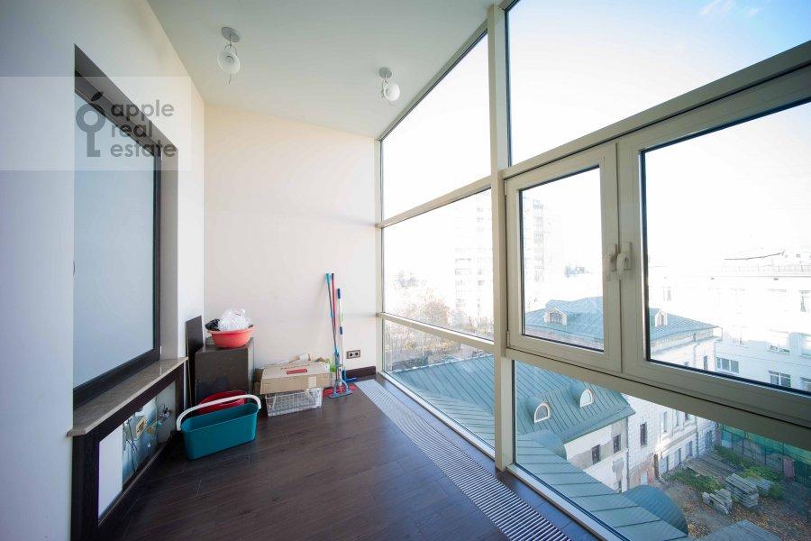 Balcony / Terrace / Loggia of the 5-room apartment at Skatertnyy pereulok 18