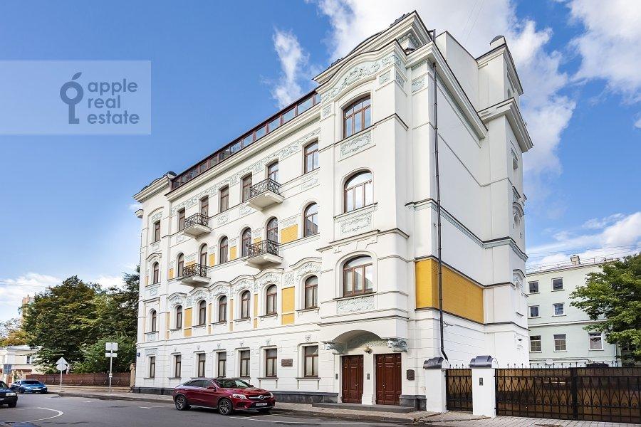 Фото дома 5-комнатной квартиры по адресу Хлебный переулок 26