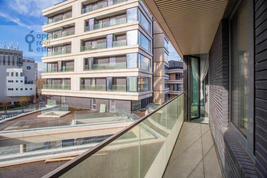 Вид из окна в 4-комнатной квартире по адресу Минская улица 2ВкА