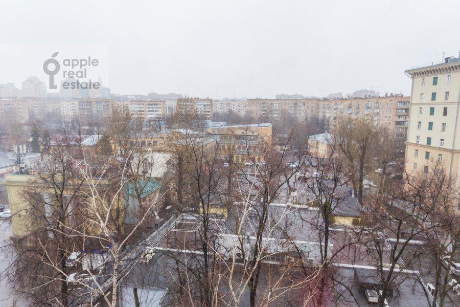Вид из окна в 3-комнатной квартире по адресу Фрунзенская набережная 28